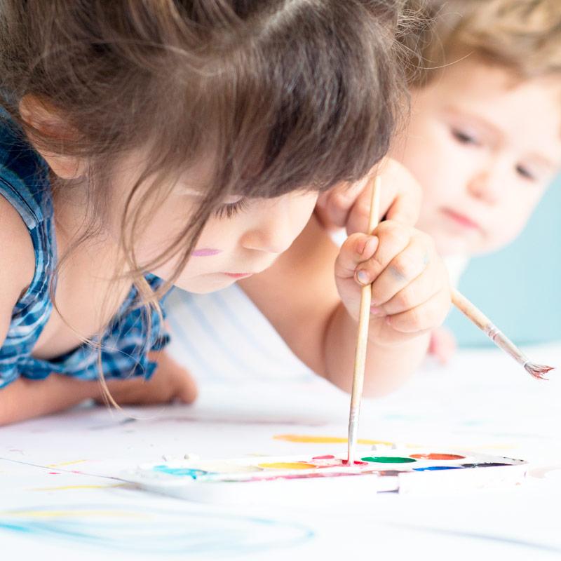 Limpezas de manutenção em escolas e creches